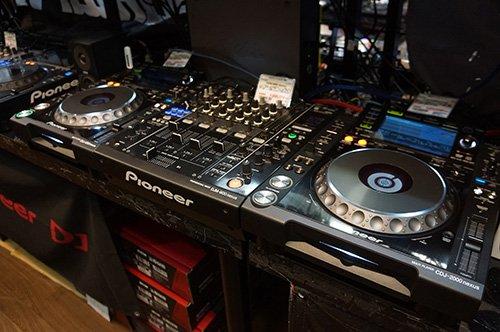DJの機材